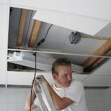 Henk schiet behoorlijk op met het plafond