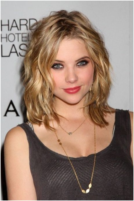 Trendy Hairstyles Shoulder Length With