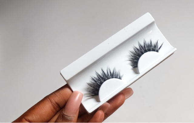 DAZZLE BEAUTIE : REVIEW: House of lashes Haul