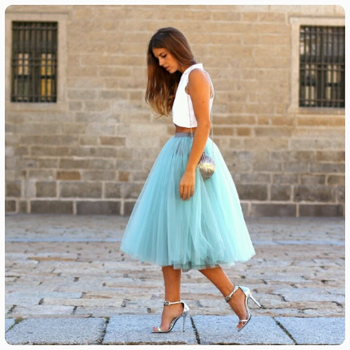 BEAUTIFUL COLLECTION OF TULLE DRESS AND SKIRTS FOR AFRICAN WOMEN 10