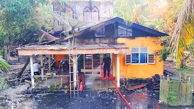 Satu Unit Rumah Hangus Terbakar di Desa Kuntu Kampar Kiri, Beruntung Tak Ada Korban Jiwa