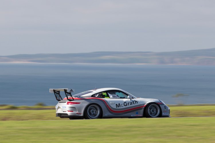 New lap record set at Phillip Island MICHELIN: Round 3 Porsche Carrera Cup Australia