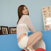 [BOMB.tv] 2009.11 Yuko Ogura 小倉優子 oy016.jpg