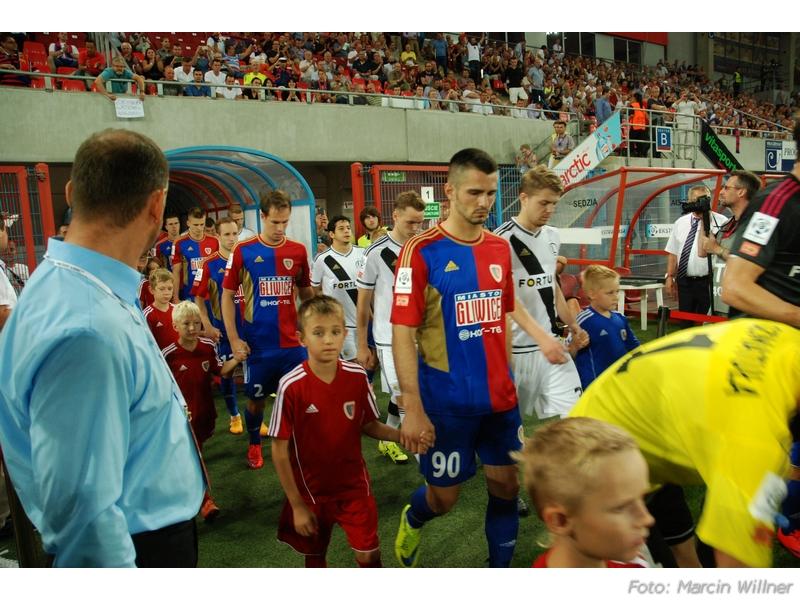Piast vs Legia 2015-08 06.jpg