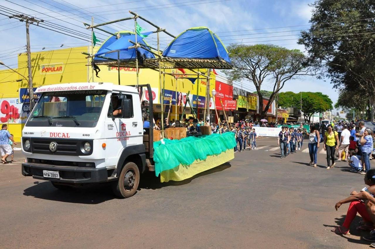Desfile Cívico 07/09/2017 - IMG-20170907-WA0325.jpg