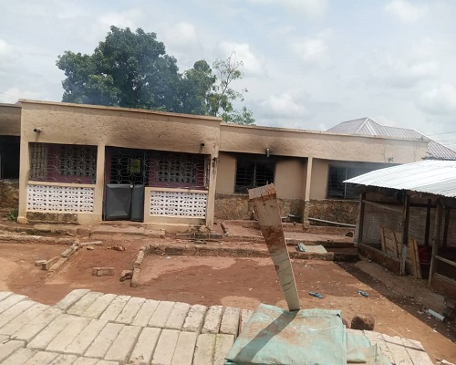 Wenchi youth burn down house of prominent Chief over Adamu Soldier's death