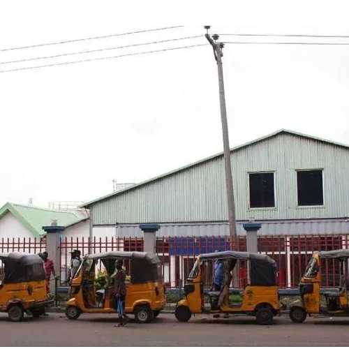 Tension in Onitsha as bus drivers inflate transport fare, police arrest keke riders