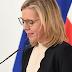وزيرة المناخ النمساوية تقطع مؤتمر صحفي مع المستشار النمساوي وتبكي