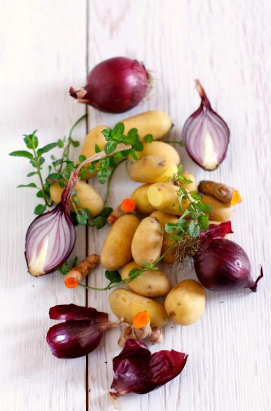 patate e cipolle alla curcuma