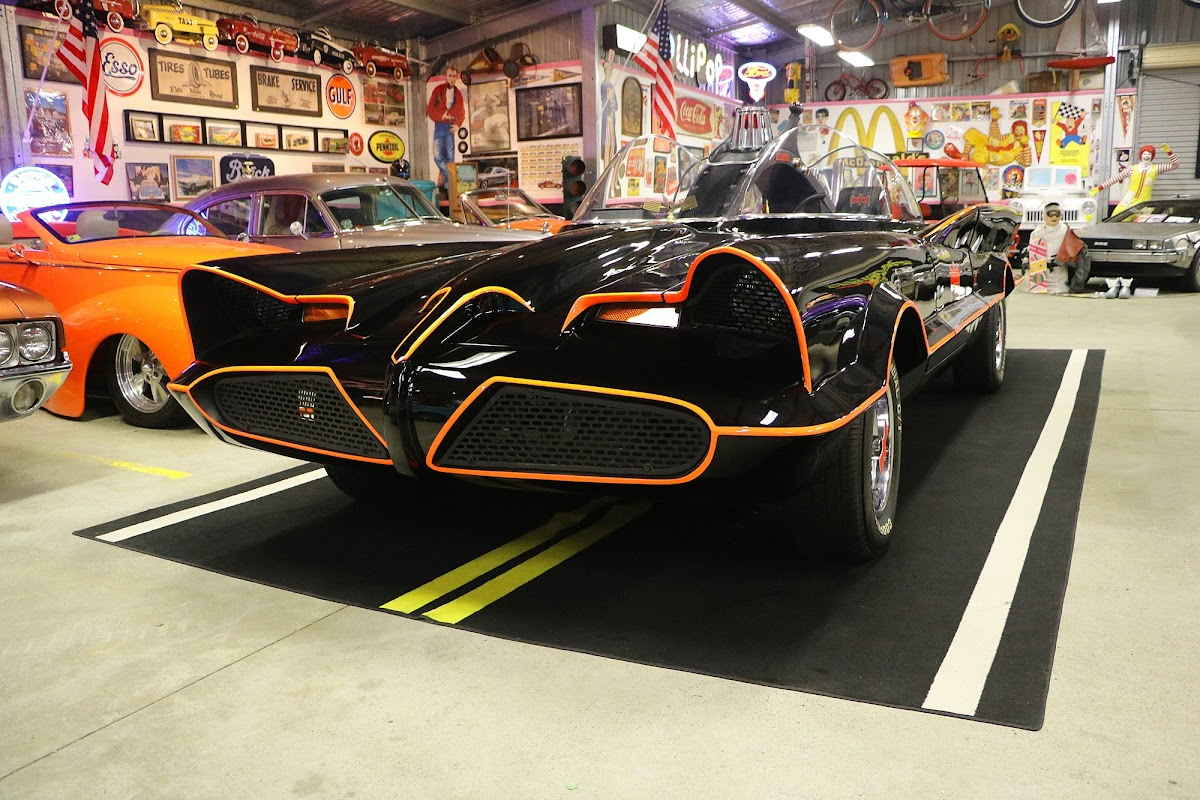 The Batmobile (02).jpg