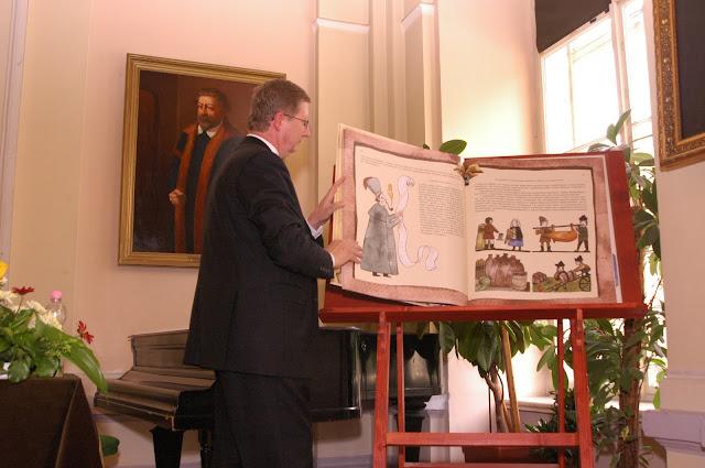 Jubileumi ünnepség, 475, Könyvbemutató