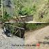 Akses Jalan dan Jembatan Penghubung 3 Desa di Sukabumi Rusak Parah