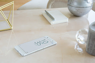 Xperia XA White Design.jpg