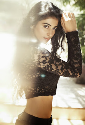 Pooja Hegde Hot Workout in Gym Video - Mohenjo Daro