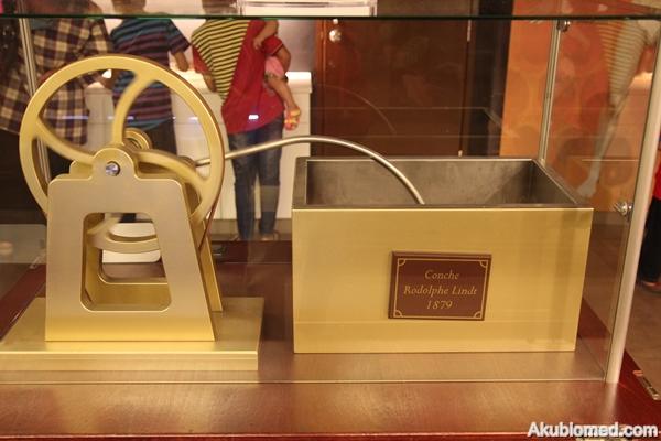 mesin pengacau coklat