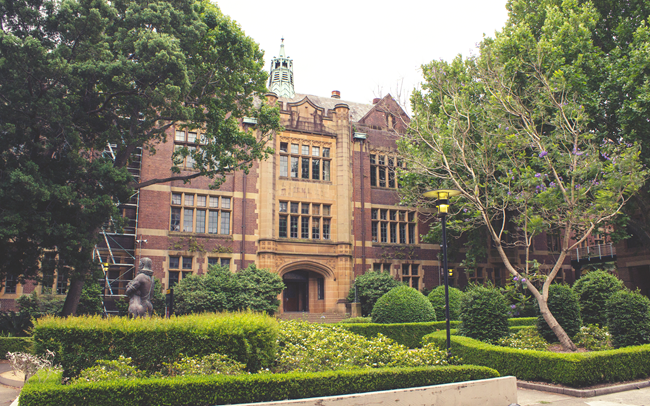 Sydney University | Lavender & Twill