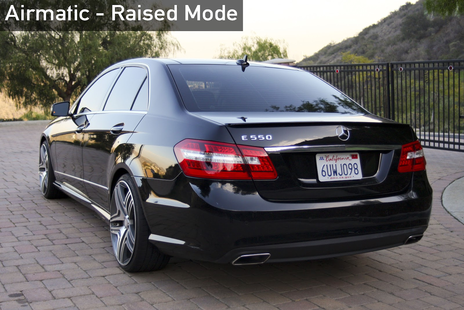 Updated black 2011 mercedes benz e550 equipped with for Mercedes benz b5 service cost