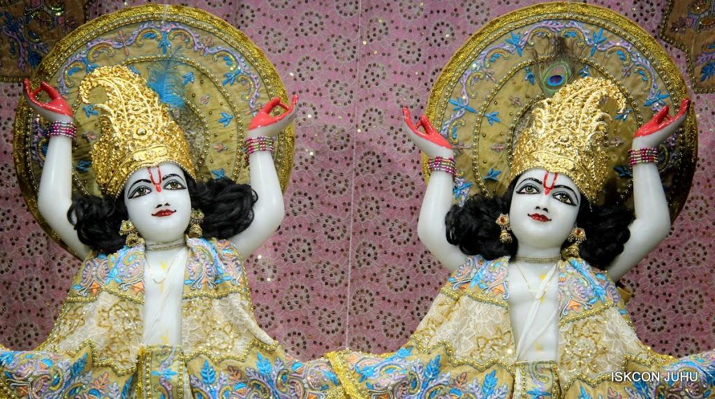 ISKCON Juhu Mangal Deity Darshan on 24th July 2016 (28)