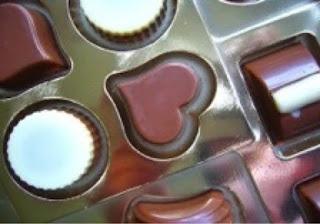 kenapa hari valentine identik dengan cokelat? cadbury