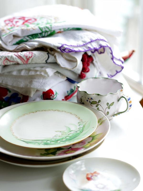 Vintage Keepsakes Linens and Plates 2