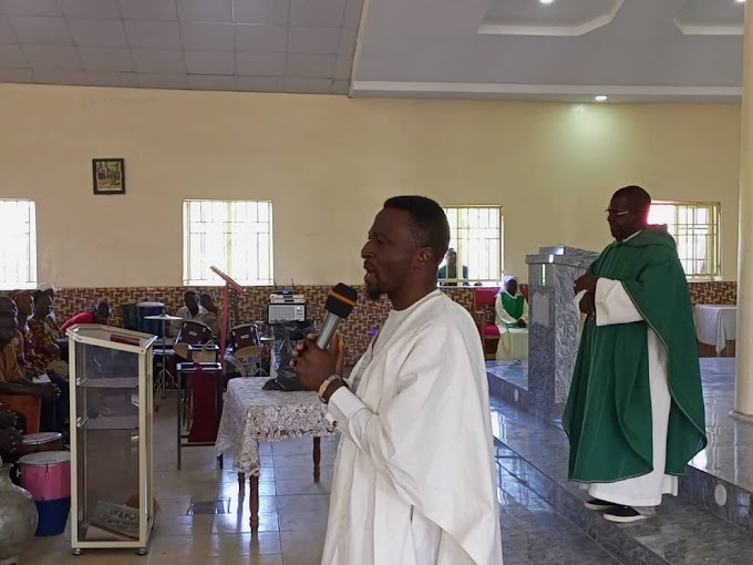 Hon. Cafra Caino, Kajuru LG APC Chairmanship Candidate, joins worshippers in fellowship at St. Augustine Catholic Church Kufana
