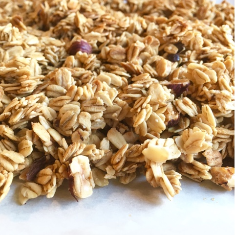 Mint green apron easy homemade granola go ahead give the gift of granola for your friends or more importantly for yourself because this might be too good to share solutioingenieria Choice Image