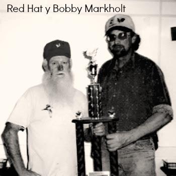 MidAm-red hat y bobby markholt23.jpg