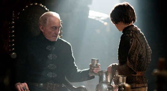arya-offers-tywin-a-little-more-conversation