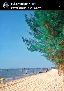 Pantai pasir putih karang jahe