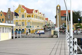 On a moving pedestrian bridge, Curaçao