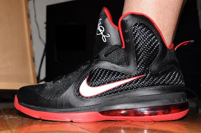 nike lebron 9 gr black white red 3 02 LeBron 9 Quotes James Favorite Movie Gladiator. New Photos.