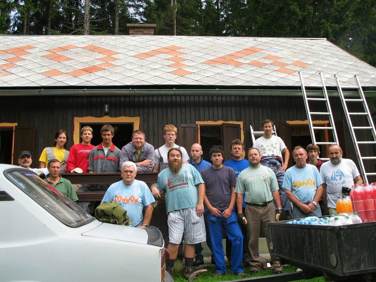 Delovna akcija - Streha, Črni dol 2006 - streha%2B017.jpg