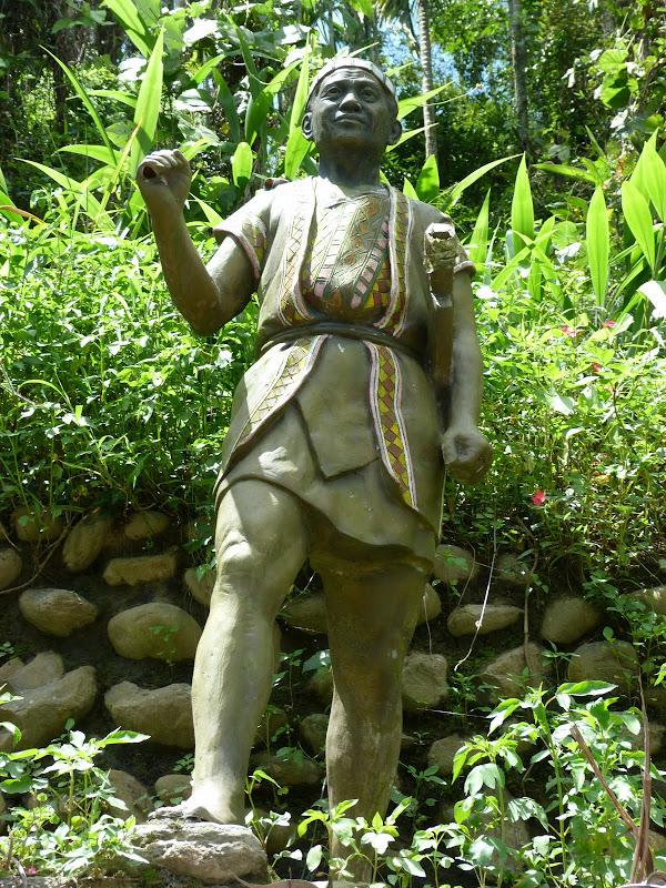 Puli  en passant , entre autres, par les villages de l ethnie Bunum de Loloko et Dili. J 10 - P1160852.JPG