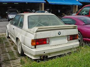 Abandoned BMW E30