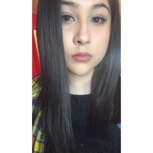 Estefania Leon