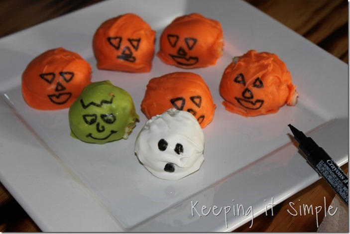 Halloween-treat-no-bake-cake-batter-truffles (3)