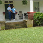 Owen & LInda Gleaves of Mt. Juliet , Tenn. stand on the porch of his 5th Great grandfather William Gleaves.