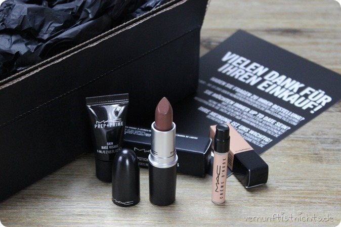 MAC Kiesza Dearly Beloved LE Collection Limited Edition maccosmetics Kosmetik Lipstick Lippenstift Review New in Swatch Tragebild Lipswatch Test Erfahrung Highend Douglas Urban Decay Make up Beauty 2