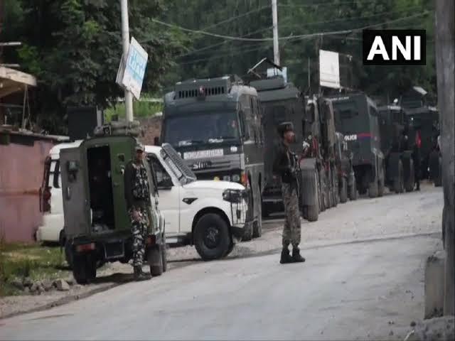 जम्मू-कश्मीर: सोपोर में CRPF की पेट्रोलिंग पार्टी पर आतंकी हमला, चार जवान घायल, एक सिविलियन की मौत
