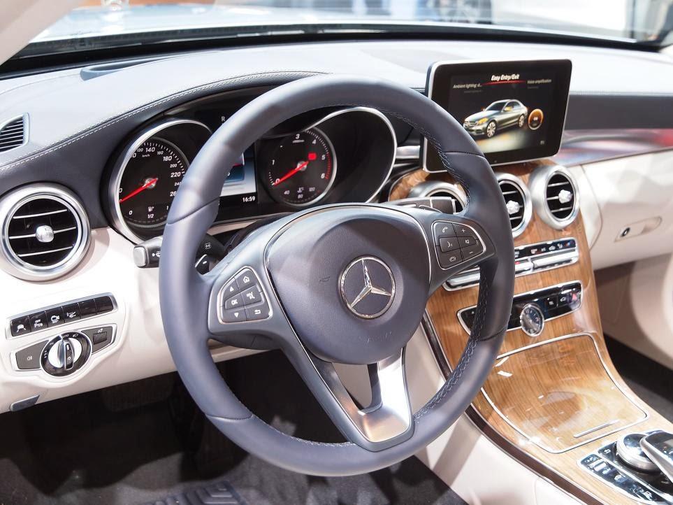 2015 Mercedes Benz C-Class NAIAS 8