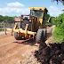 Prefeitura recupura estradas vicinais em Magalhães de Almeida
