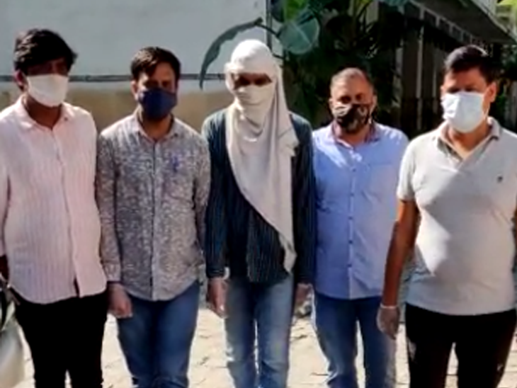 One ISIS operative arrested with IEDs by special Cell of police in delhi KPP