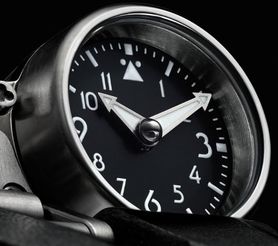 MB&F Watch HM4 Thunderbolt