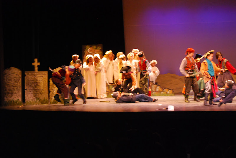 2012PiratesofPenzance - DSC_5961.JPG