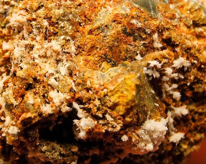 Colección de Minerales Fluorescentes - Página 3 _DSC5380
