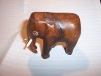050 01-figurine bois