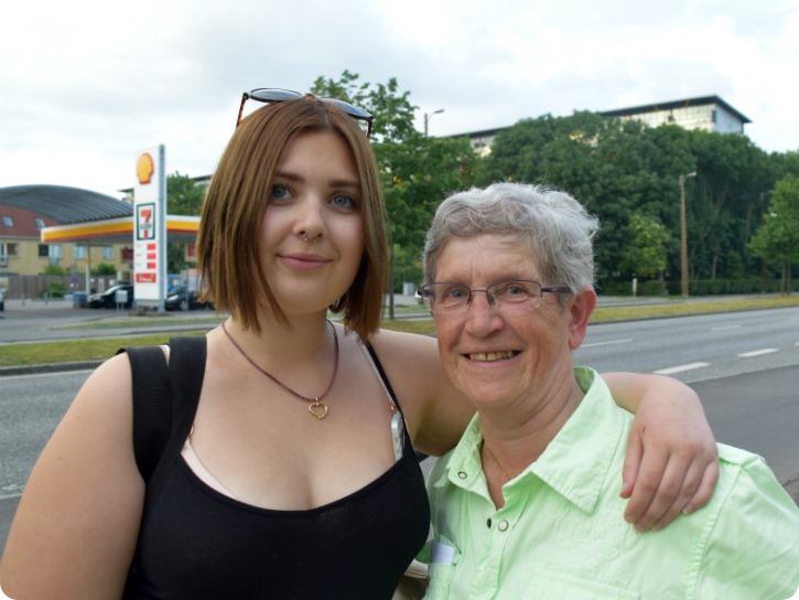 Emilie og mormor