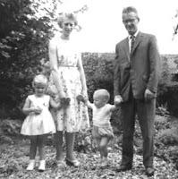 Groeneweg, Cornelis, Geertruida, Marianne en Peter 1960.jpg