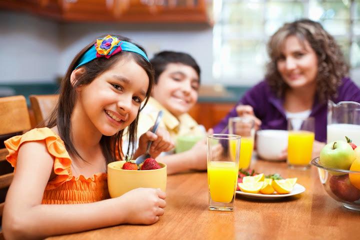 makanan%2520tambahan%25201 Học theo mẹ pháp để có những đứa trẻ dễ nuôi