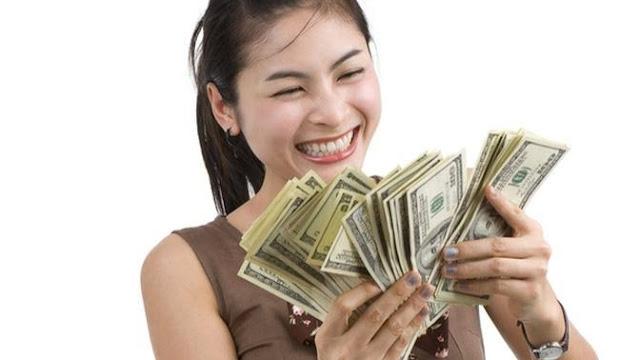 Nilai Tukar Rupiah Anjlok Lagi, di Bank Dijual Rp 16.800